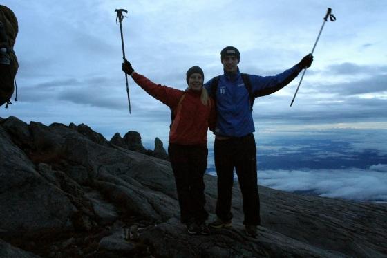 Ensimmäinen vuori (Mt. Kinabalu) valloitettu yhdessä!